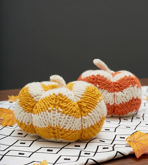 Spicy Knit Pumpkins Designed by Cassandra Bibler Add these clever chevron stitch pumpkins to your fall décor and use them for table settings, on your mantel or on a shelf. They are quick to knit and you'll enjoy having them all through the fall season  Fall Patterns